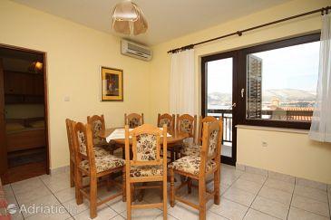 Apartment A-8663-a - Apartments Okrug Gornji (Čiovo) - 8663