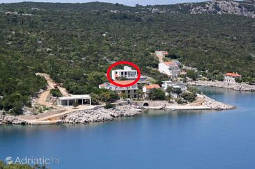 Property Uvala Pokrivenik (Hvar) - Accommodation 8673 - Apartments near sea.