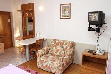 Studio flat AS-8677-a - Apartments Podstrana (Split) - 8677
