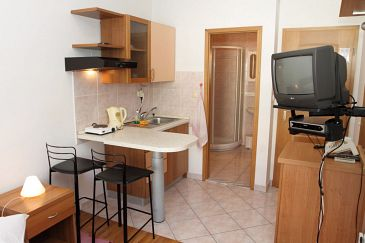 Studio flat AS-8677-c - Apartments Podstrana (Split) - 8677