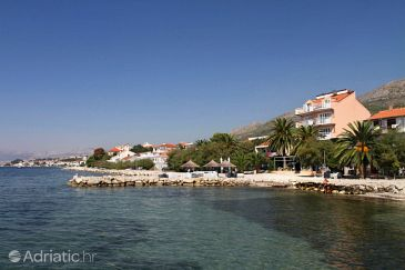 Property Podstrana (Split) - Accommodation 8677 - Apartments near sea with pebble beach.