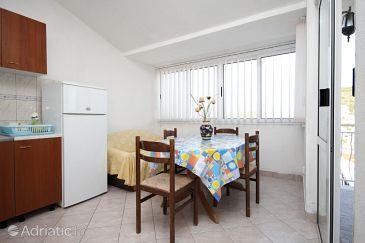 Apartment A-8685-a - Apartments Mavarštica (Čiovo) - 8685