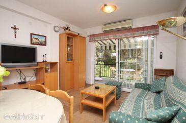 Apartment A-8732-b - Apartments Jelsa (Hvar) - 8732
