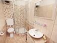 Bathroom - Apartment A-8761-d - Apartments Uvala Zastupac (Hvar) - 8761