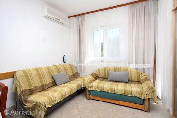 Apartment A-8777-c - Apartments Jelsa (Hvar) - 8777