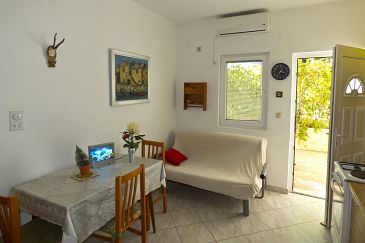 Apartment A-8782-d - Apartments Ivan Dolac (Hvar) - 8782
