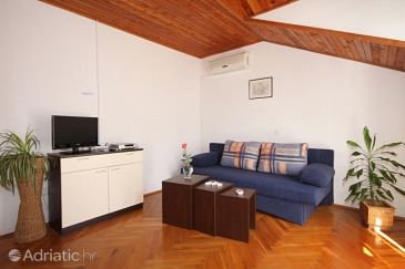 Apartment A-8783-a - Apartments Jelsa (Hvar) - 8783