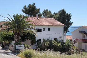 Property Zavala (Hvar) - Accommodation 8799 - Apartments near sea with pebble beach.