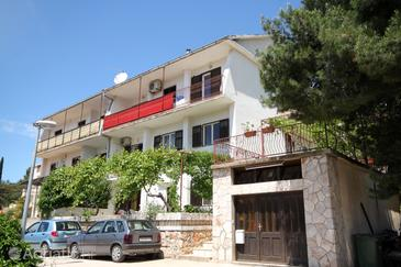 Property Jelsa (Hvar) - Accommodation 8803 - Apartments in Croatia.