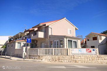 Property Hvar (Hvar) - Accommodation 8810 - Apartments with pebble beach.