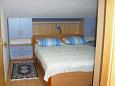 Bedroom 2 - Apartment A-8812-b - Apartments and Rooms Hvar (Hvar) - 8812