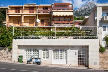 Property Makarska (Makarska) - Accommodation 8817 - Apartments with pebble beach.