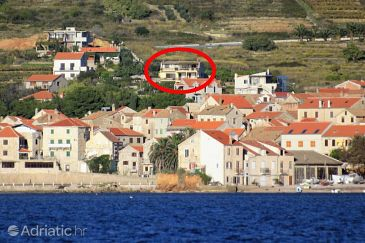 Property Komiža (Vis) - Accommodation 8844 - Apartments and Rooms with pebble beach.