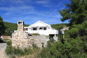 Rukavac, Vis, Property 8863 - Apartments with pebble beach.