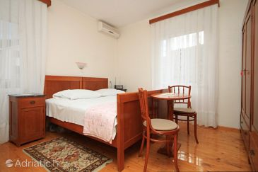 Room S-8909-b - Rooms Komiža (Vis) - 8909