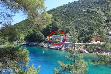 Property Uvala Mala Pogorila (Hvar) - Accommodation 8952 - Apartments near sea.