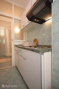 Srebreno, Kitchen u smještaju tipa studio-apartment, dopusteni kucni ljubimci i WIFI.
