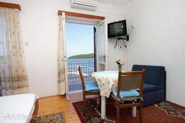 Molunat, Dining room u smještaju tipa studio-apartment, dostupna klima i WIFI.
