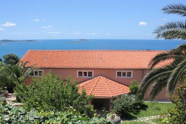 Plat, Dubrovnik, Property 8968 - Apartments and Rooms with pebble beach.