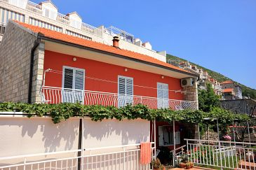 Dubrovnik, Dubrovnik, Property 8975 - Apartments with pebble beach.