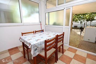 Apartment A-9128-g - Apartments and Rooms Makarska (Makarska) - 9128