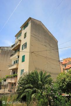 Property Split (Split) - Accommodation 9197 - Apartments with sandy beach.