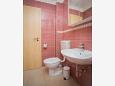Rastići, Bathroom u smještaju tipa studio-apartment, WIFI.