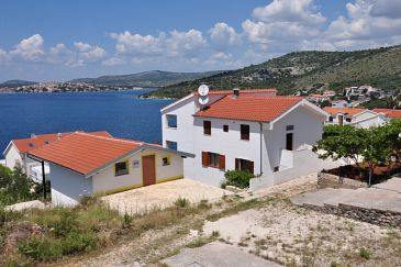 Property Ražanj (Rogoznica) - Accommodation 9254 - Apartments and Rooms near sea.