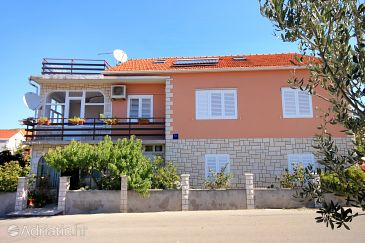 Property Vela Luka (Korčula) - Accommodation 9277 - Apartments with pebble beach.