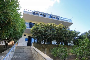Property Prigradica (Korčula) - Accommodation 9288 - Apartments near sea with pebble beach.