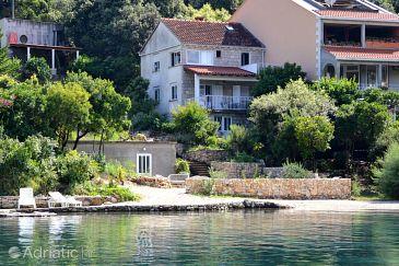 Property Uvala Vrbovica (Korčula) - Accommodation 9316 - Apartments near sea with pebble beach.