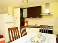Kitchen - Apartment A-9322-a - Apartments Danca - Babina (Korčula) - 9322