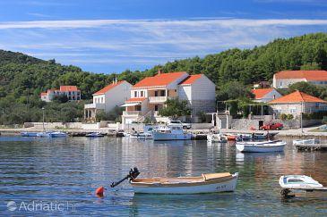 Property Lumbarda (Korčula) - Accommodation 9325 - Apartments near sea.
