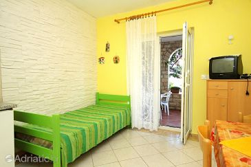 Apartment A-9334-d - Apartments and Rooms Novalja (Pag) - 9334