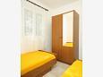 Bedroom 2 - Apartment A-9348-a - Apartments Vlašići (Pag) - 9348