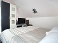 Bedroom - Studio flat AS-9404-a - Apartments Promajna (Makarska) - 9404