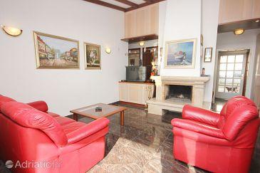 House K-9431 - Vacation Rentals Uvala Ljubljeva (Trogir) - 9431
