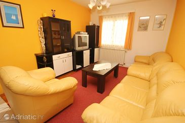 Slatine, Living room u smještaju tipa apartment, WIFI.