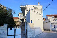Apartments with a parking space Okrug Gornji (Čiovo) - 9444