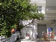 Courtyard Okrug Gornji (Čiovo) - Accommodation 9444 - Apartments with pebble beach.