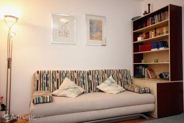Omiš, Living room u smještaju tipa studio-apartment, dostupna klima i WIFI.