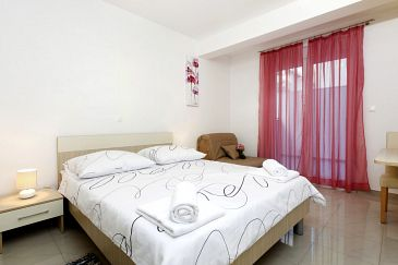 Room S-9464-c - Apartments and Rooms Podstrana (Split) - 9464