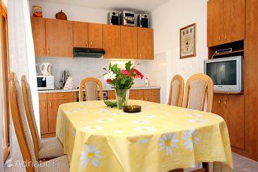 Apartment A-9468-a - Apartments Sevid (Trogir) - 9468