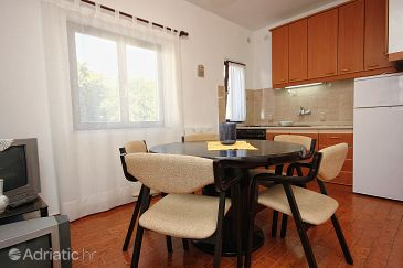 Apartment A-9469-c - Apartments Okrug Gornji (Čiovo) - 9469