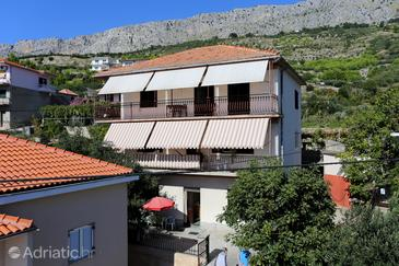 Property Sumpetar (Omiš) - Accommodation 951 - Apartments with pebble beach.