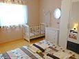 Bedroom 1 - Apartment A-9660-b - Apartments Uvala Donja Kruščica (Šolta) - 9660