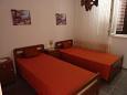 Seget Vranjica, Bedroom 2 u smještaju tipa apartment, WIFI.