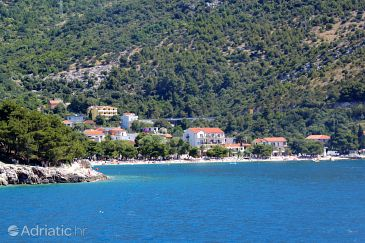 Drvenik Donja vala u rivijeri Makarska (Srednja Dalmacija)