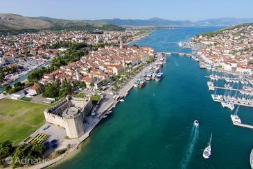 Trogir in riviera Trogir (Srednja Dalmacija)
